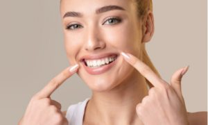 the role of gums in mouth